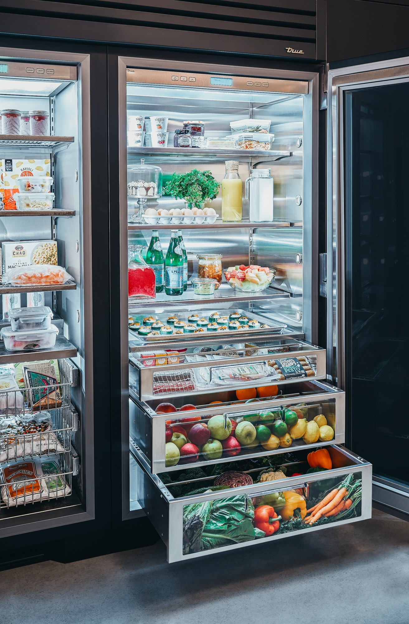 True Residential Luxury Refrigerators With Commercial Dna